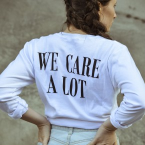 FASHION EDITORIAL: WE CARE A LOT.