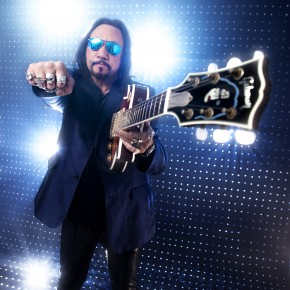♠ ACE FREHLEY ENLISTS ALL STAR LINEUP FOR COVERS LP, INCLUDING PAUL STANLEY!
