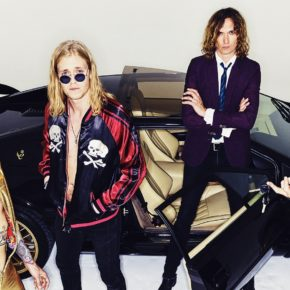 [NEWS] THE DARKNESS RELEASE BRAND NEW SINGLE 'SOLID GOLD'
