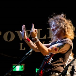[FEATURE] STEVE 'LIPS' KUDLOW FROM ANVIL: THE STATE OF THE MUSIC INDUSTRY AND WHAT MOTIVATES LIPS TO CONTINUE MAKING METAL