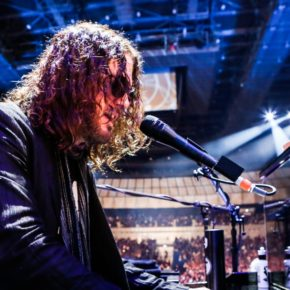 [INTERVIEW] DIZZY REED TELLS US WHY ROCK N' ROLL AIN'T EASY