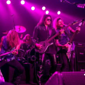 [LIVE MUSIC REVIEW] GENE SIMMONS TAKES SYDNEY BY THE BALLS